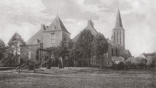 Hertefeld Manor, view of the entrance, about 1910.